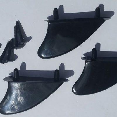 PLASTIC BODY BOARD FINS TRI SET W/SCREWS